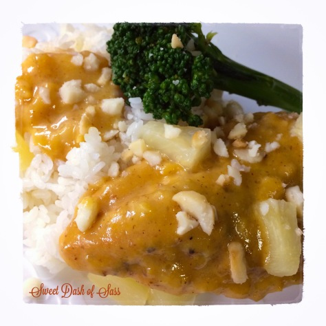 Hawaiian Honey Mustard Chicken - www.SweetDashofSass.com - a little taste of Hawaii back on the Mainland.  Super Easy!