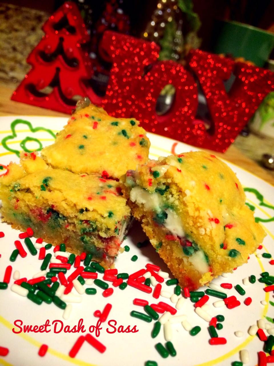 Funfetti Bars #25DaysCookieStyle www.SweetDashofSass.com