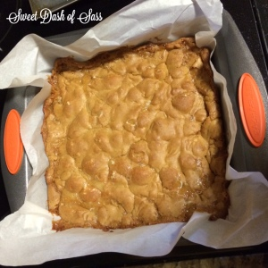 Marshmallow Blondies - #25DaysCookieStyle www.SweetDashofSass.com